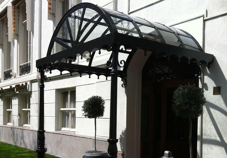 Glazen luifel carlton hotel - Luifel glas ...