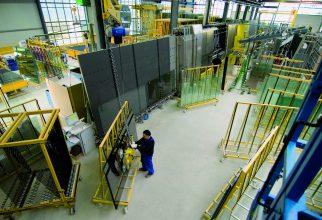 Isolatieglasproductie bij Teuto Glas.