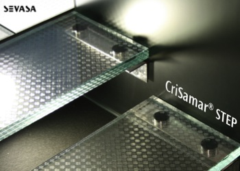 Anti Slip Vloeren : Anti slip glas voor vloeren en trappen u glas in beeld
